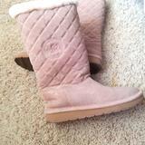 Michael Kors Shoes   Michael Kors Ugg Boots   Color: Tan   Size: 8