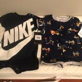 Nike One Pieces   Nike&Carters Rompers   Color: Black   Size: 9mb
