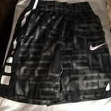 Nike Swim   New Wo Tag Nike Boys Small Swim Trunk Shorts   Color: Black/Gray   Size: Sb