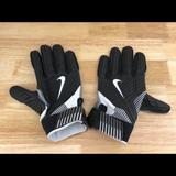 Nike Accessories | Nike D-Tack 5 Nfl Pe Padded Lineman Gloves 3xl | Color: Black/White | Size: 3xl