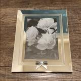 Kate Spade Accents   Kate Spade Picture Frame   Color: Silver   Size: 5 X 7