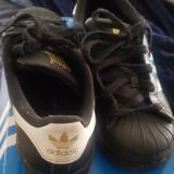 Adidas Shoes   Boys Sz 1 Good Condition Adidas Shell Toe   Color: Black/White   Size: 1bb