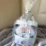 Disney Other   Frozen Gift Basket Kit   Color: Blue/Silver   Size: Osbb