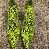 Jessica Simpson Shoes | Jessica Simpson Lime Green Snakeskin Pumps | Color: Black/Green | Size: 9