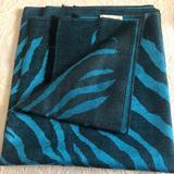 Michael Kors Accessories   Michael Kors - Pashmina Scarf (Blackteal)   Color: Black/Blue   Size: Os