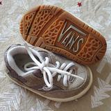 Vans Shoes   Baby Vans Tennis Shoes Sneakers Size 5 12   Color: Tan/White   Size: 5.5bb