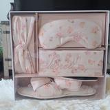 Victoria's Secret Shoes   Victoria'S Secret Bridal Box Gift Set   Color: Red   Size: 78