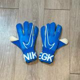 Nike Accessories | Nike Gk Vapor Grip 3 Elite Goalie Gloves Soccer | Color: Blue/White | Size: 6