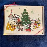 Disney Holiday   Disney Parks Holiday Greeting Cards Set   Color: Green/Red   Size: Os