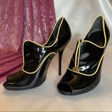 Gucci Shoes   Gucci Patent Leather Peep Toe Heels   Color: Black/Cream   Size: 6.5