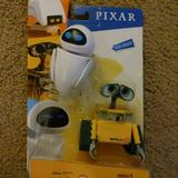 Disney Toys   New Collect Disney Pixar Wall-E And Eve Action Fig   Color: Black/Yellow   Size: Osb