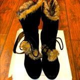 Nine West Shoes   Beautiful Winter Boots On Platform (Nine West)   Color: Black   Size: 9.5