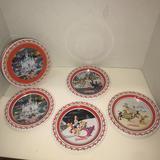 Disney Toys   Disneyland Tin Plates And Tin Container New   Color: Tan   Size: Osbb