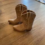 Ralph Lauren Shoes | Cowboy Boots | Color: Tan/White | Size: 2bb