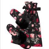 Victoria's Secret Shoes   Nwt Victorias Secret Signature Satin Slipper Bag   Color: Black/Red   Size: 7