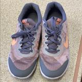 Nike Shoes | Nike Womens Tennis Shoes Size 9 | Color: Gray | Size: 9