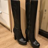 Michael Kors Shoes | Michael Kors Lesly Leather Knee High Boots In 5.5 | Color: Black/Gold | Size: 5.5