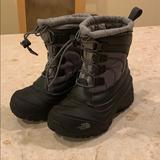 The North Face Shoes   Northface Kid Snow Boots   Color: Black/Gray   Size: 12