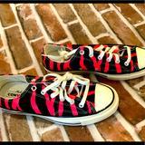 Converse Shoes   Converse Unisex Chuck Taylors, 7.5 Men 9.5 Women   Color: Black/Pink   Size: 9.5