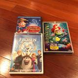 Disney Other   Disney Dvds Sold   Color: black   Size: Osg