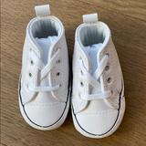 Converse Shoes   Nwot Baby Converse Crib Shoes   Color: White   Size: 1bb