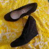 Nine West Shoes   Pretty In Closed Toe Wedge!   Color: Black   Size: 10