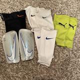 Nike Accessories   Nike Mercuriallite Soccer Shin Guards   Color: Blue/White   Size: 411-53