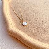 Necklace Textured White Mother Shell Round Key Pendant Real Gold Plated Necklace Copper Coin Round Necklace Lock Necklace Stainless Steel Couples Necklace Friendship Necklace