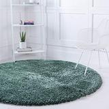 Rugs.com Infinity Collection Solid Shag Area Rug – 4 Ft Round Forest Green Shag Rug Perfect for Kitchens, Dining Rooms