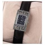 CHXISHOP Women's Bracelet Watch Quartz Movement Rectangular Glass Mirror Dial Inlaid Diamond Leather Butterfly Clasp Watch Retro Bracelet Watch Black-18.5cm