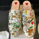 Gucci Shoes | Gucci Princetown White Floral Canvas Loafers Sandals Eu 38 | Color: Green/White | Size: 8