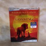 Disney Other   Lion King 2019 (Live Action) Blu-Ray   Color: black   Size: Os