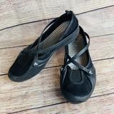 Crocs Women's 7 Celeste Canvas Black Slip On Shoes