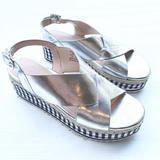 ZARA Woman gingham espadrille platform sandals