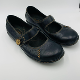 Clarks Womens Black Leather Mary Jane Style Flats   Size 5.5M