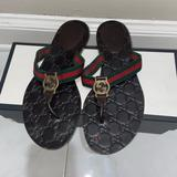 Gucci Shoes | Gucci Womens Web Thong Sandal | Color: Green/Red | Size: 7.5