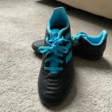 Adidas Other | Addidas Predator Indoor Soccer Shoes Youth | Color: Red | Size: Boys 4 12
