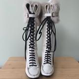 Louis Vuitton Shoes   Louis Vuitton Knees Boots.   Color: Black/Cream   Size: 8
