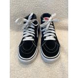 Vans Black Suede and Canvas Skateboard Sneakers ….Big kids…Sz 2.5