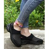 PAOTMBU Women's Sneakers BLACK - Black Ankle-Strap Slip-On Sneaker - Women