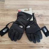 The North Face Accessories | New North Face Mens Medium Winter Gloves Black Ski | Color: Black | Size: Medium