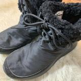 Nike Shoes | Nike Womens Black Lace Up Winter Boots Size 10 | Color: Black | Size: 10