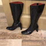 Nine West Shoes | Nine West Patent Leather Heel Boots Zip Up 8.5 | Color: Black | Size: 8.5