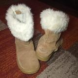 American Eagle Outfitters Shoes | Aeo Faux Fur Mid Calf Winter Boots Sz.8 | Color: Tan/White | Size: 8