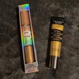 Victoria's Secret Makeup   New Victoria Secret Bundle. Gold Rush Flavored Lip Gloss & Cream Shimmer Shadow.   Color: Cream/Gold   Size: Os