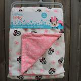 Disney Bedding   Disney Baby Minnie Mouse Baby Blanket Nwt   Color: Pink   Size: Os