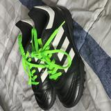 Adidas Shoes | Adidas Youth Soccer Shoes | Color: Black/White | Size: 2.5b