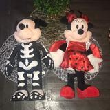 Disney Party Supplies   Mickey & Minnie Costume Party Halloween Decor   Color: Black/Red   Size: Os