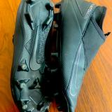 Nike Other   Barely Worn Nike Phantom Vsn Soccer Cleats. Size 7.   Color: Black   Size: 7