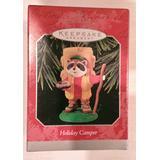 1998 Hallmark Keepsake Ornament 'Holiday Camper' Raccoon -QX6783